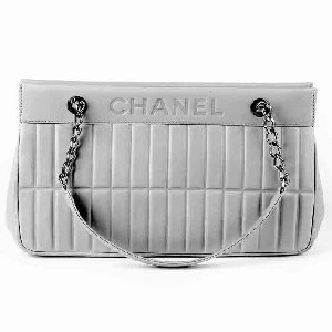 CHANEL Quilted Handbags Discount